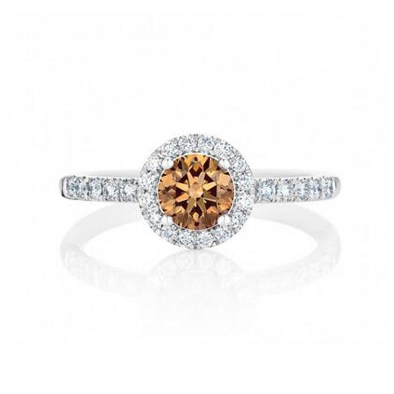 戴比尔斯(De Beers光环的彩色钻石戒指