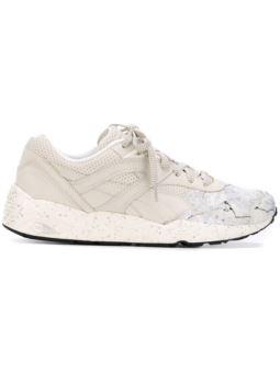 大理石效果印花运动鞋