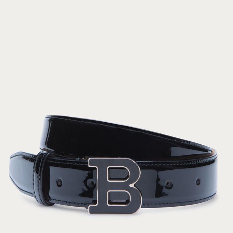 女士黑色漆皮带品牌标志腰带