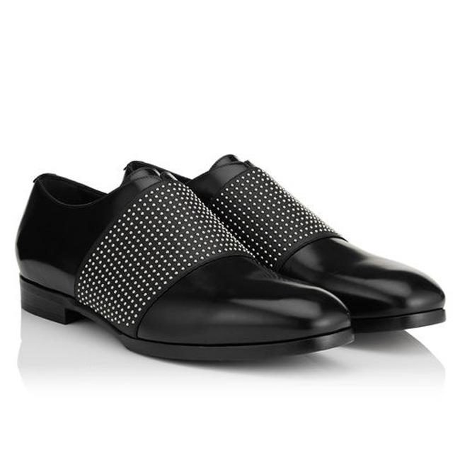 黑色闪亮小牛和钢镶嵌弹性正装鞋